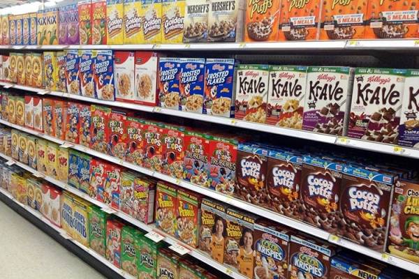 Garbage food: the cereal aisle